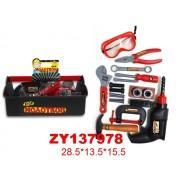 Детский набор инструментов в ящике